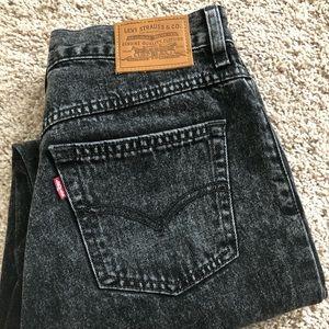 Levi's washed black mom jeans Sz 28
